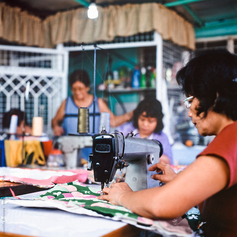 Neighborhood Co-op of Poor Women Making Craft by Joselito Briones